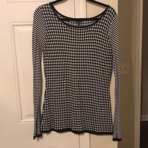 Express Black and White Sweater Long Sleeve